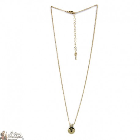 Gold plated necklace with quartz stone