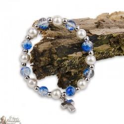 Bracelet perles bleues et naturelles - Croix