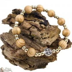 Bracelet St Benedict medal natural wood
