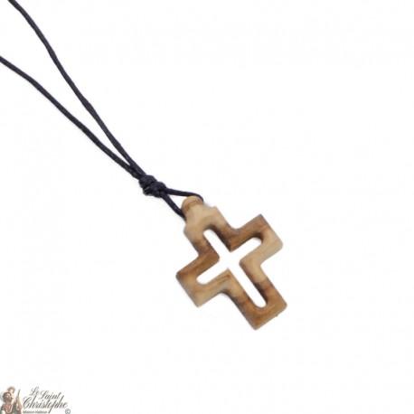 Collier Cordon avec Croix en bois d'olivier - 2 x 2 cm